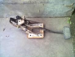 Педаль тормоза. Toyota Allion, NZT240