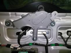 Дворник двери багажника. Toyota RAV4, ASA44L, XA40, ALA49L, ZSA42L, ASA42, ASA44, ZSA44L Двигатели: 3ZRFE, 2ADFTV, 2ARFE