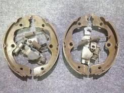 Колодка стояночного тормоза. Nissan Infiniti FX45/35 Nissan Elgrand, E51, ME51, MNE51, NE51 Двигатели: VK45DE, VQ35DE, VQ25DE