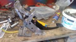 Педаль тормоза. Subaru Legacy, BP5, BPE, BPH, BL5, BLE, BP9, BP, BL9, BL