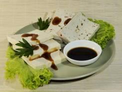 Тофу, продукты из сои.