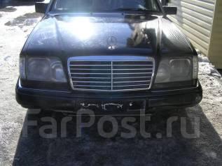 Mercedes-Benz E-Class. 124, 111960