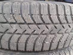 Bridgestone Ice Cruiser 5000. Зимние, шипованные, износ: 10%, 8 шт