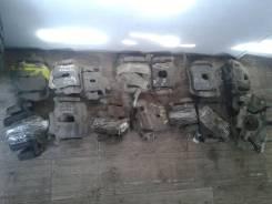 Суппорт тормозной. Nissan Skyline, ER33, ECR32, ECR33, HNR32, HR32, HR33, FR32, HCR32, ER32, YHR32