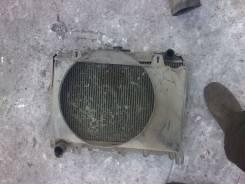 Радиатор охлаждения двигателя. Nissan Largo