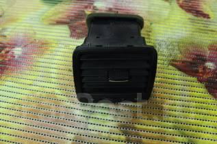 Решетка вентиляционная. Volkswagen Jetta