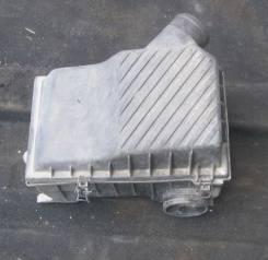 Корпус воздушного фильтра. Volkswagen Passat