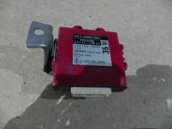 Блок управления парктрониками Toyota Camry