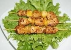 Шашлычок из курицы с ананасом (3 шт.) (Праздничное меню)