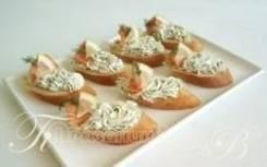 Ржаной багет с сырным кремом и неркой (7 шт.) (Праздничное меню)