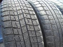 Bridgestone Blizzak Revo1. Зимние, 2005 год, износ: 80%, 2 шт