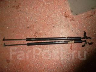Амортизатор крышки багажника. Honda Stepwgn, RF1, RF2
