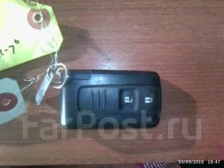 Ключ зажигания. Toyota Prius, NHW20