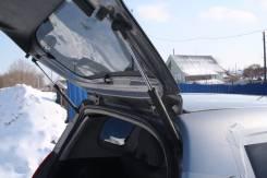 Амортизатор двери багажника. Honda Jazz, GD1 Honda Fit, GD4, GD3, GD2, GD1 Двигатели: L13A, L15A, L13A L15A