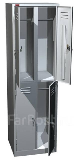 Шкафы для одежды.