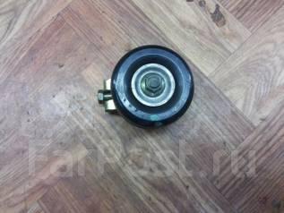 Натяжной ролик ремня кондиционера. Nissan Note, E11, E11E Двигатель HR15DE
