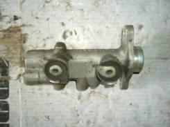 Цилиндр главный тормозной. Nissan Laurel, HC35 Двигатель RB20DE
