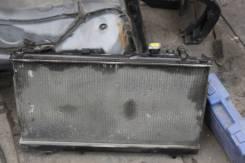 Радиатор охлаждения двигателя. Mazda Premacy, CP8W Двигатель FPDE