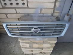 Решетка радиатора. Nissan Sunny, B14