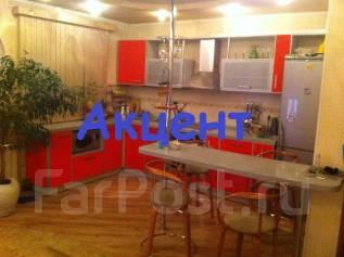 3-комнатная, улица Спиридонова 15. 64, 71 микрорайоны, агентство, 70 кв.м.