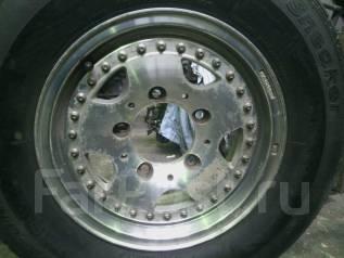 Продам литьё с резиной ( колёса ) 205/70R14. 6.0x14 5x139.70 ET-34 ЦО 111,0мм.
