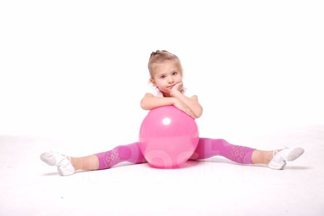 Танцы для детей от 3х до 5 лет и от 5 до 7! Первая речка