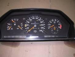 Панель приборов. Mercedes-Benz E-Class, W124 Двигатель 111