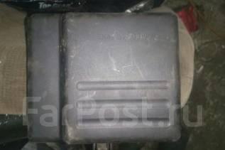 Крышка блока предохранителей. Toyota Vista Ardeo, ZZV50G, ZZV50 Двигатель 1ZZFE