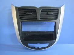 Консоль панели приборов. Hyundai Solaris