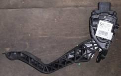 Педаль акселератора. Peugeot 308