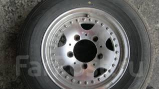 Продам литьё с резиной ( колёса ) 205/70R14 Dunlop во Вла. 6.0x14 5x139.70 ET33 ЦО 70,0мм.