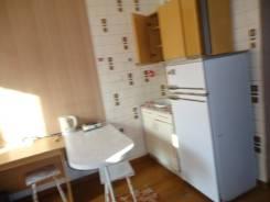 Комната, улица Дзержинского 37. Центр., агентство, 16 кв.м.