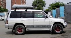 Наклейка. Mitsubishi Pajero, V65W, V97W, V78W, V63W, V93W, V73W, V98W, V75W, V60, V80, V83W, V88W, V68W, V87W Двигатели: 6G74, 6G75, 4M41, DI, 6G72, G...