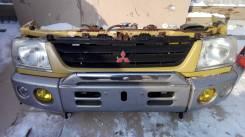 Рамка радиатора. Mitsubishi Pajero Mini, H58A