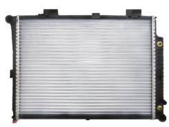Радиатор охлаждения двигателя. Mercedes-Benz E-Class, W210