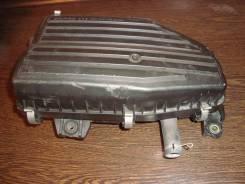 Корпус воздушного фильтра. Honda Stream, RN1 Honda Civic Двигатель D17A
