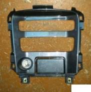 Консоль панели приборов. Nissan Primera, P12