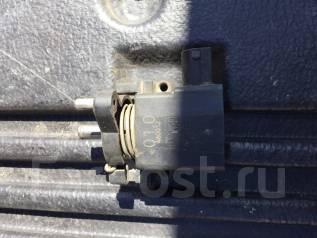 Концевик под педаль тормоза. Mercedes-Benz G-Class, W463