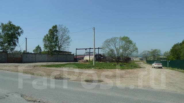 Сдаем производственно-складские помещения на трассе Владивосток-Артем. 3 250кв.м., улица Вахрушева 4, р-н, Аэропорта