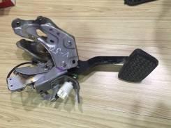 Педаль тормоза. Toyota Camry, ASV50, AVV50, GSV50