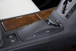 Кнопка управления дверями. Lexus RX350