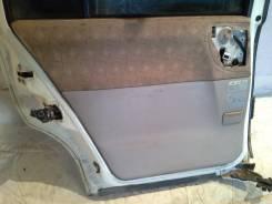 Обшивка двери. Nissan Liberty, RM12 Двигатель QR20DE