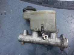 Цилиндр главный тормозной. Toyota Hiace Toyota Granvia, KCH16W Двигатель 1KZTE