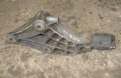 Кронштейн опоры двигателя. Opel Vectra