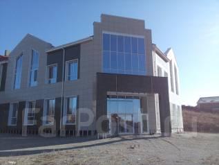 Торговые помещения. 1 800 кв.м., Раковская ул 71, р-н Зверьки