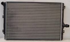 Радиатор охлаждения двигателя. Audi A3 Volkswagen Passat Volkswagen Golf