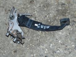 Педаль тормоза. Mazda Capella, GWEW Двигатель FSDE