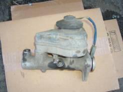 Цилиндр главный тормозной. Toyota Corona, AT170 Двигатель 5AF