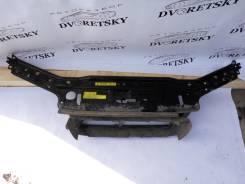 Рамка радиатора. Volvo XC70