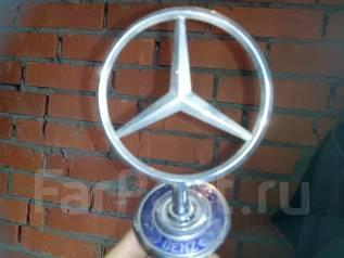 Эмблема. Mercedes-Benz